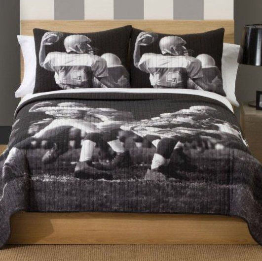 Photoreal Football Boys Quilt With Pillow Sham Townhouse
