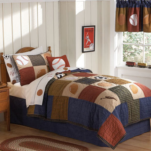 Classic Sports Quilt With Pillow Sham