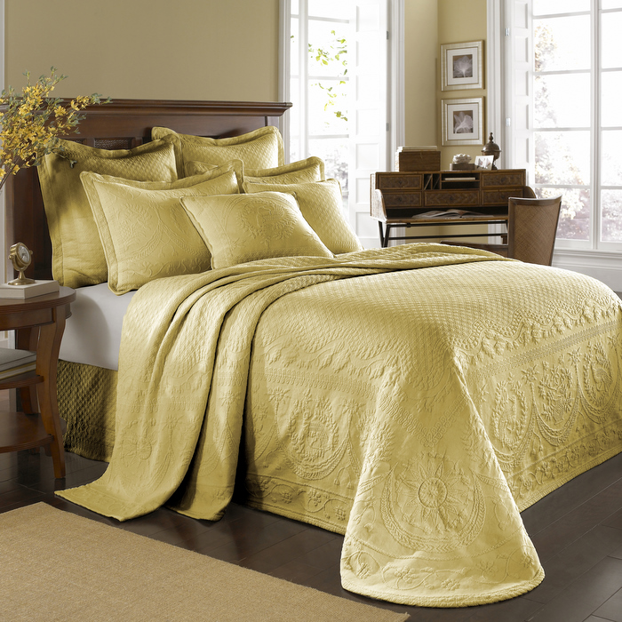 King Charles Bed Linens